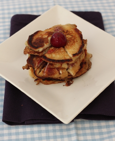 Ameican Pancakes with Cherries