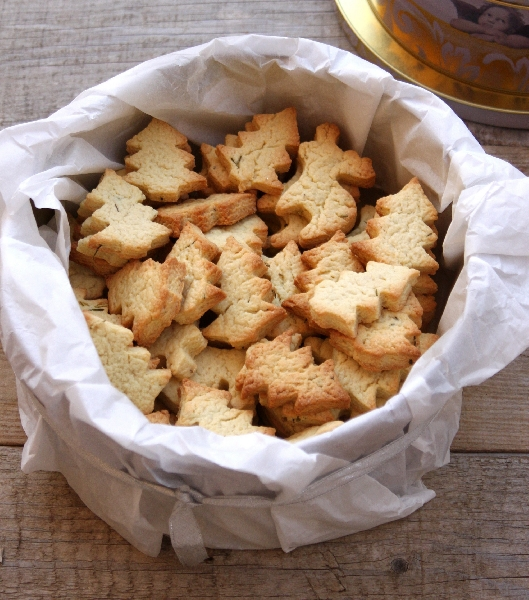 Christmas Shortbreads with Rosemary and Lemon Zest